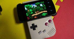 Un vecchio Game Boy viene modificato per pilotare un emulatore SNES per Android