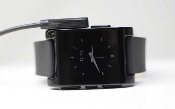 CES 2013: Peeble lo smartwatch che si collega al nostro smartphone! (foto e video)