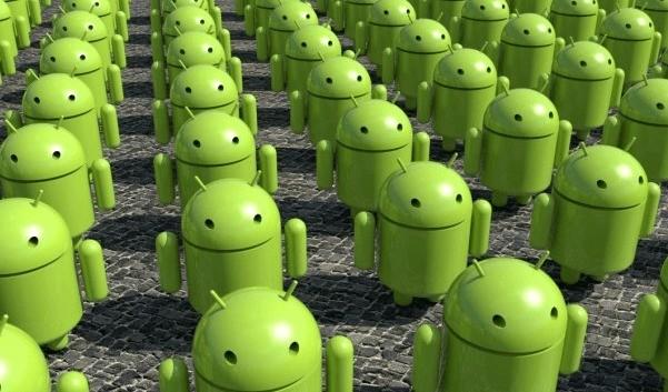 4° trimestre 2012: Android sul 70% degli smartphone e 37% di tutti i telefoni consegnati