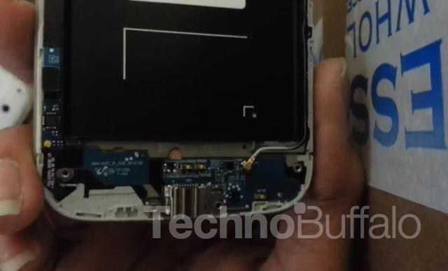 Samsung Galaxy S4 – Facile da smontare