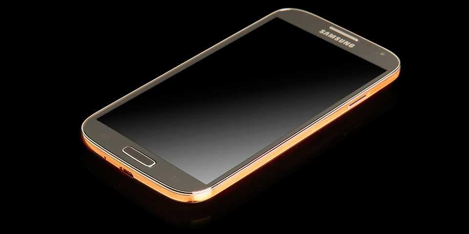 Arriva il Samsung Galaxy S4 in oro e platino!