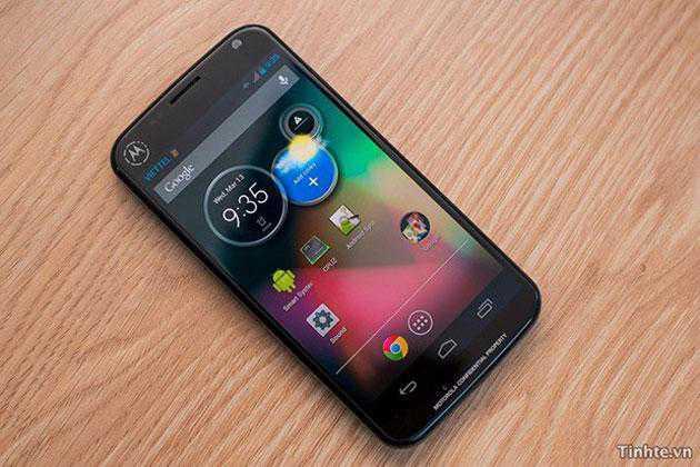 Moto X anticipa tutti e riceve Android 4.4 prima del Nexus 4