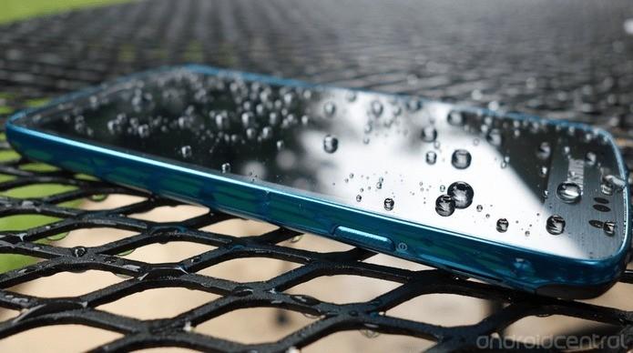Vi piacerebbe un iPhone resistente all'acqua?
