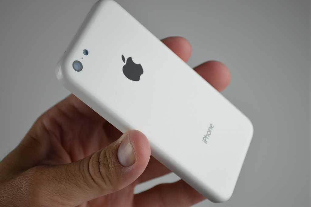 IPhone 5c 8GB in vendita da domani