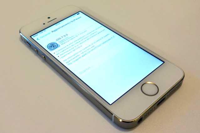 Apple rilascia iOS 7.0.2 per iPhone, iPad e iPod Touch