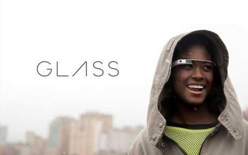 Google Glass: nuovo firmware, nuove funzioni come comandi vocali, musicali e di lampeggio!