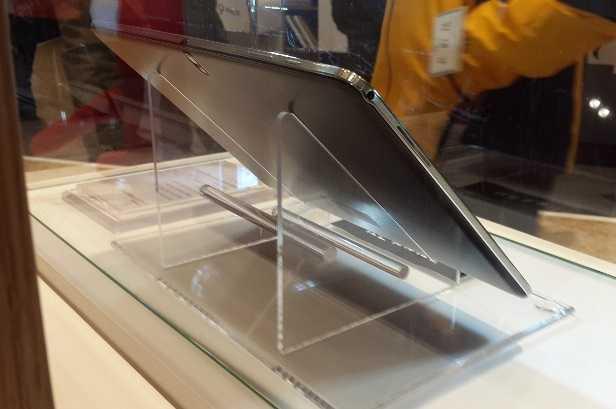 Samsung Galaxy Note Pro 12.2 intestato a AT&T con numero di modello SM-P907A?