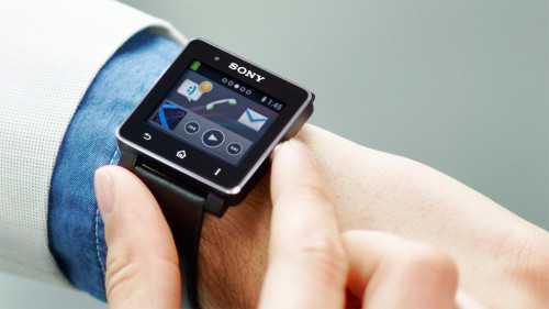 Sony SmartWatch 2: in arrivo l'edizione FIFA e grigio metallizzato!