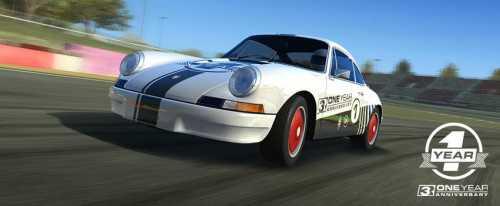 Real Racing 3 festeggia il suo 1 anno di vita: ecco tutti i nuovi contenuti!