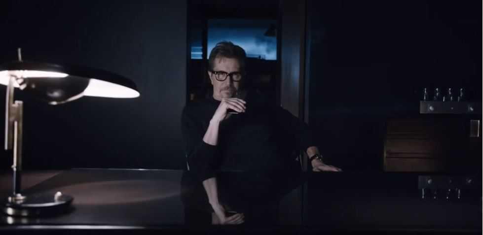 HTC One M8 – La campagna pubblicitaria ha il volto dell'attore Gary Oldman