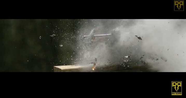Samsung Galaxy S5 colpito da un fucile calibro 50, ecco il risultato