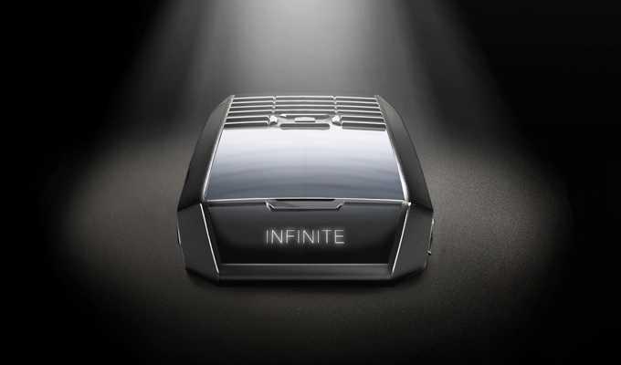 Tag Heuer annuncia Meridiist Infinite: il cellulare che si autoricarica