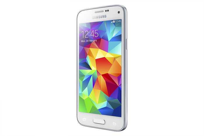 Samsung Galaxy S5 Mini in preordine in Polonia con Gear Fit in regalo
