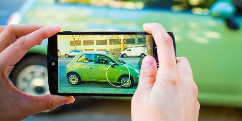 Google Fotocamera si aggiorna e consente gli scatti remoti da dispositivi Android Wear