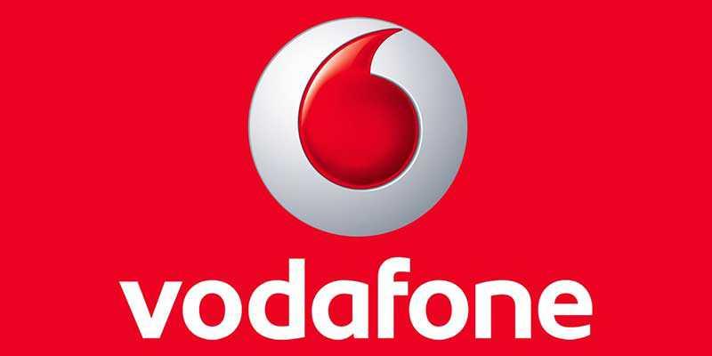 Vodafone, parlare e navigare gratis nei week end ricaricando 30€