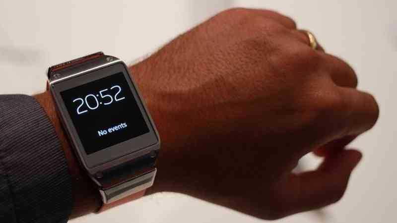 Arriva la prima custom rom per Samsung Gear | Guida e download