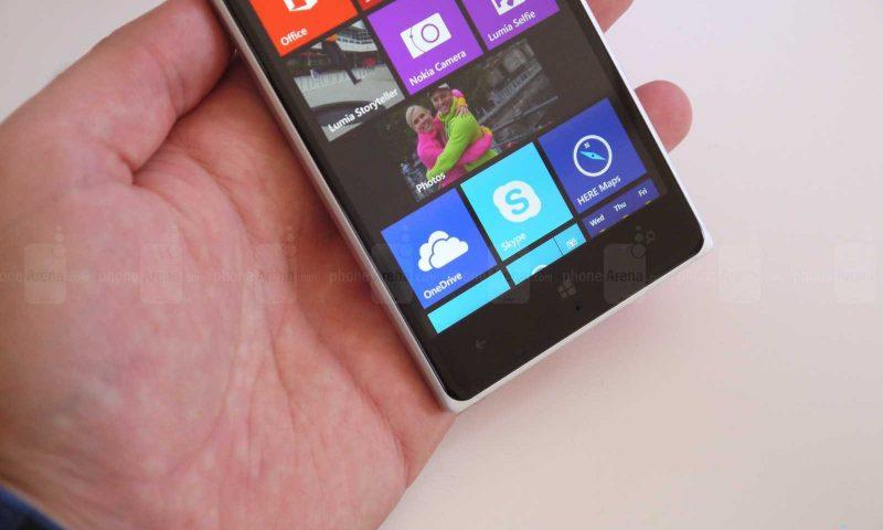 Nokia Lumia 830: in Italia costerà 330 euro
