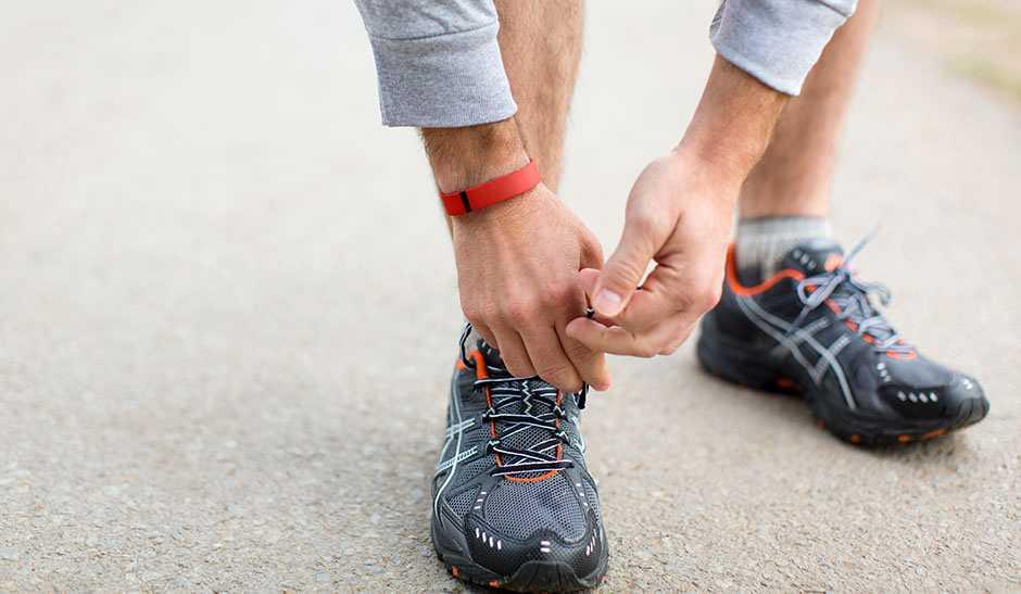 Arriva FitBit Flex valido alleato per il fitness e rimettersi in forma dopo l'estate