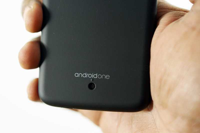 Android One sbarca in Europa con Karbonn Sparke V