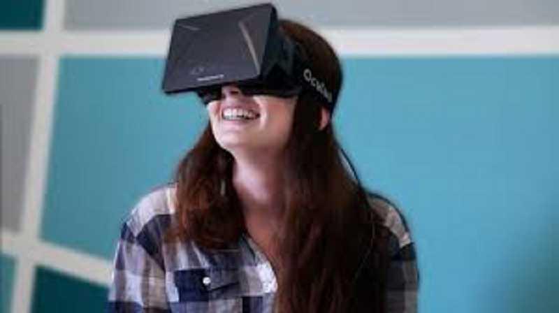 Facebook nelle sale con Oculus VR e la realtà virtuale