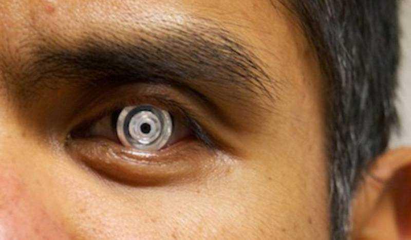 Lenti a contatto con Zoom attivabile con l'occhiolino