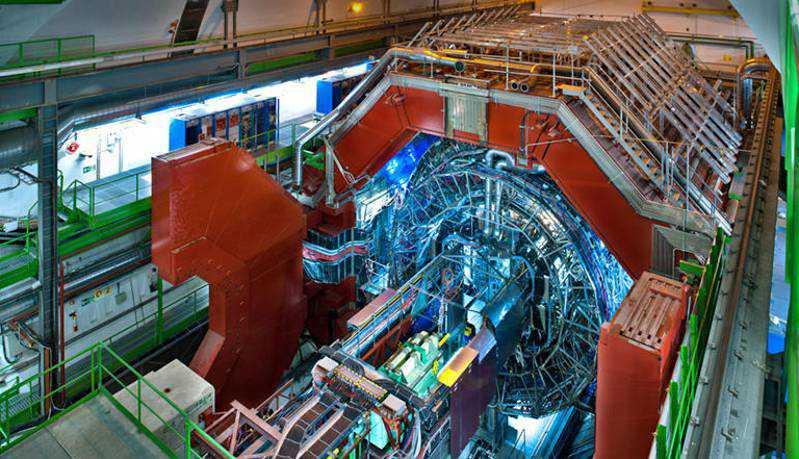 Drone, tour in volo nell'acceleratore di particelle del CERN