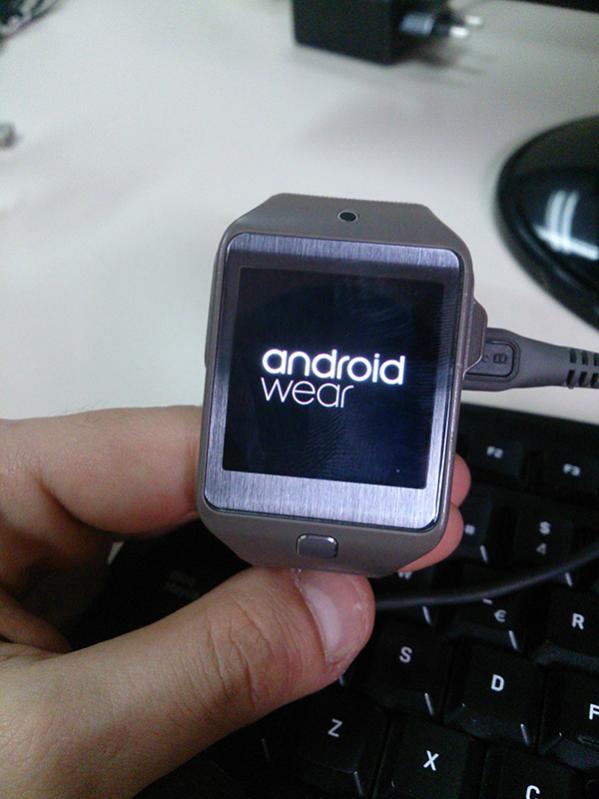 Android Wear per Gear 2 in arrivo da uno sviluppatore indipendente