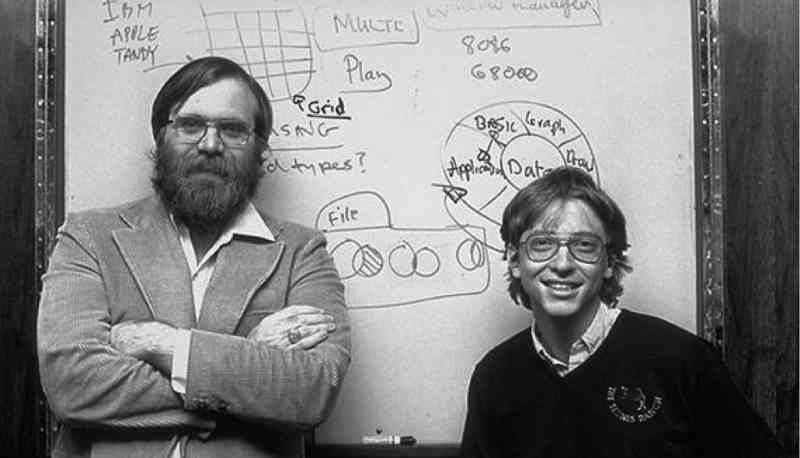 Microsoft compie 40 anni e Gates scrive ai dipendenti