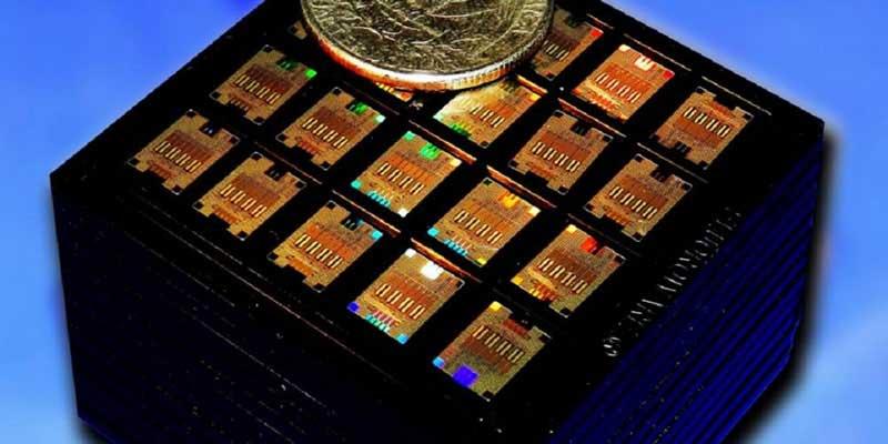 IBM: nuovo chip fotonico al silicio che rivoluzionerà la velocità di trasmissione dati