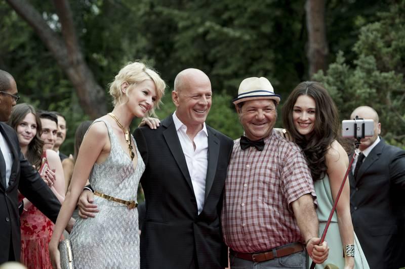 Vodafone, Bruce Willis protagonista dei nuovi spot dedicati al 4G