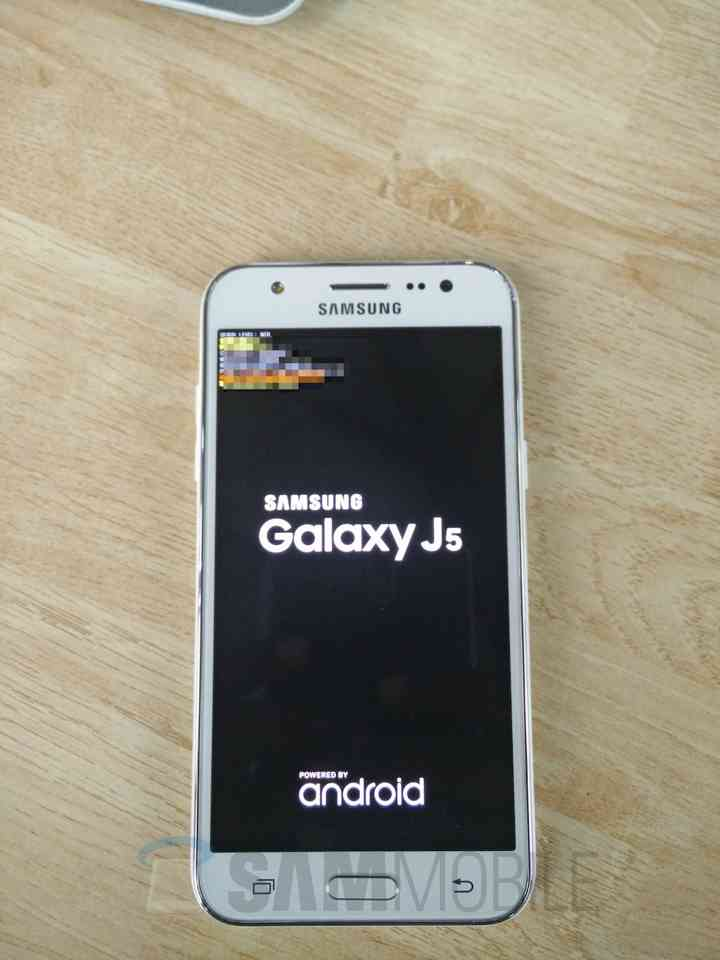 Samsung Galaxy J5 ecco le immagini reali e le specifiche