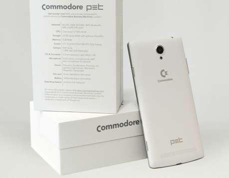 Commodore risorge dopo 30 anni con lo smartphone PET