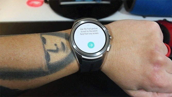 Android Wear 1.4, ecco le nuove (assurde) gesture in arrivo sugli smartwatch Google