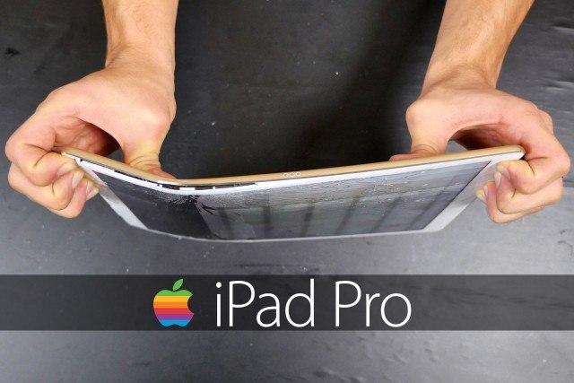 L'hanno distrutto: l'iPad Pro è resistente, ma ce l'hanno fatta