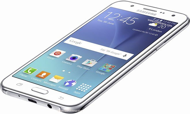 Samsung Galaxy J5 (2015) riceve Android Marshmallow