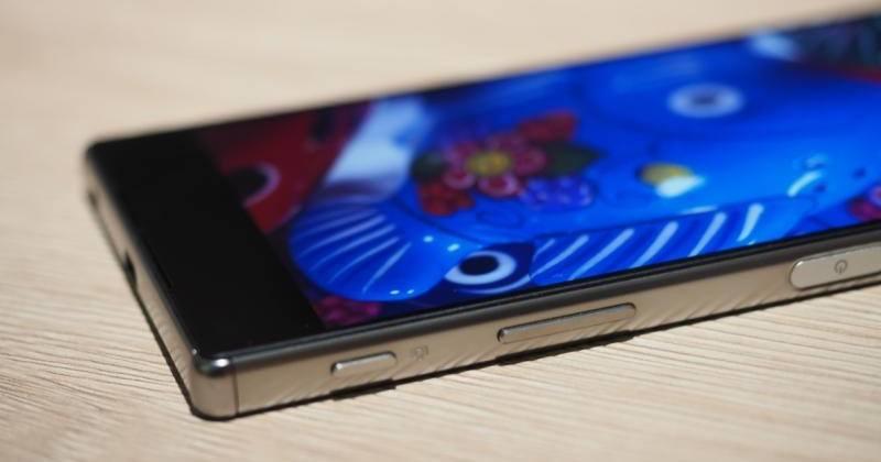 Migliori smartphone – Galaxy S6 edge+ vs Xperia Z5 Premium: confronto con foto!