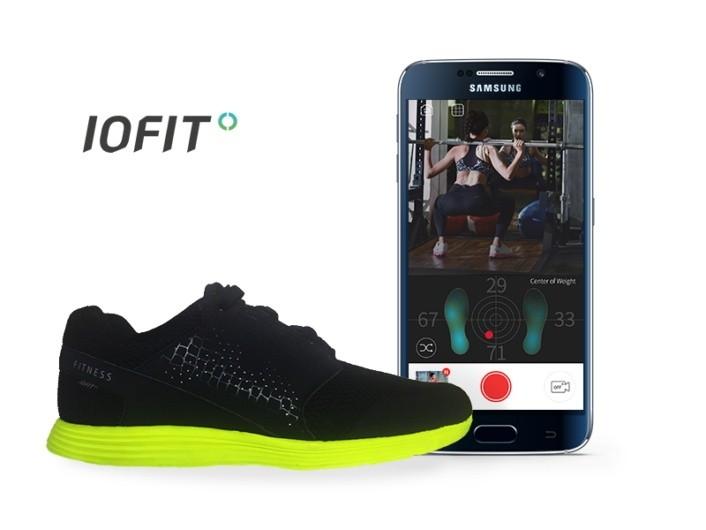 Samsung iofit le scarpe intelligenti al mobile world - Mobile per scarpe ...
