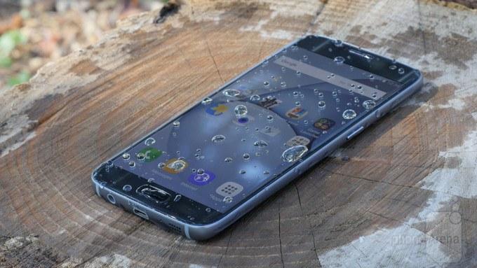 Il Galaxy S7 è resistente all'acqua, ma si può utilizzare quando è bagnato?
