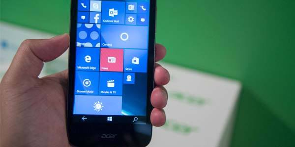 Acer Liquid M330 è il nuovo base di gamma con Windows 10 Mobile