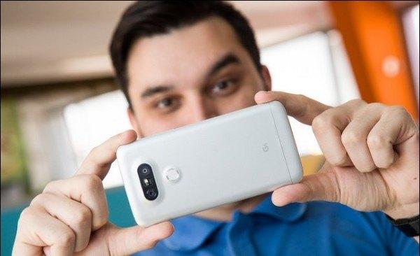 Migliori smartphone – Apple iPhone 7 vs LG G5: confronto con foto!