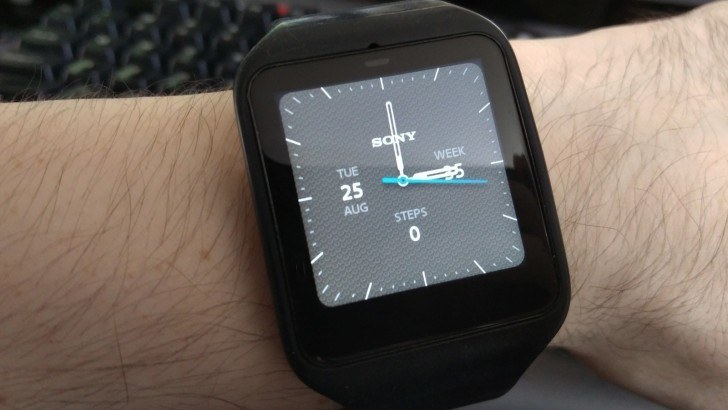 Sony Smartwatch 3 si aggiorna ad Android Wear 1.4 Marshmallow