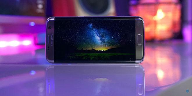 Samsung rilascia un corposo aggiornamento per Galaxy S7 e S7 Edge