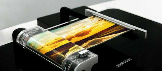 Gli smartphone pieghevoli Samsung arriveranno prima del previsto