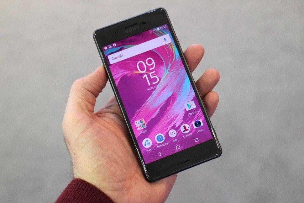 Migliori smartphone – Sony Xperia X Performance vs Samsung Galaxy S7: confronto con foto!