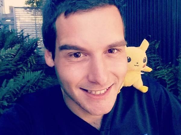 Si licenzia per giocare a Pokémon GO, é la storia di un ragazzo Neozelandese