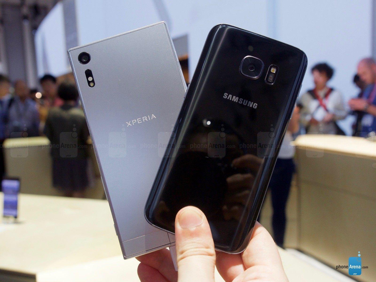 Migliori smartphone – iPhone 7 vs Samsung Galaxy S7: confronto con foto!