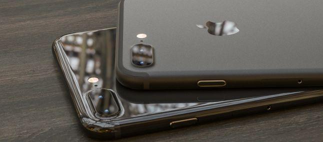 Migliori smartphone – HTC U11 vs iPhone 7 Plus: hardware e dettagli con foto!
