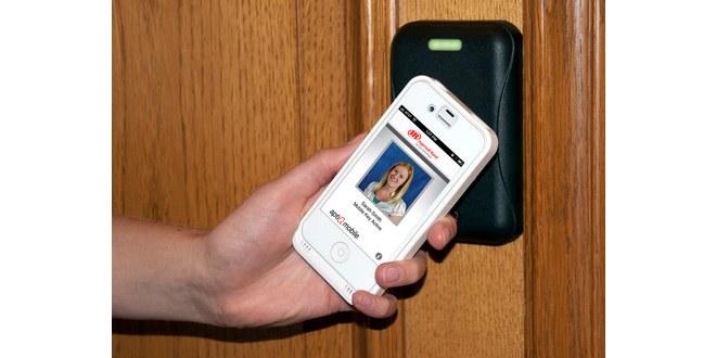 Lavoro, un'app per timbrare il cartellino
