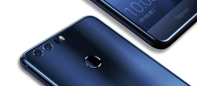 Honor 8: lo smartphone più venduto al Black Friday. E per il Cyber Monday di domani?