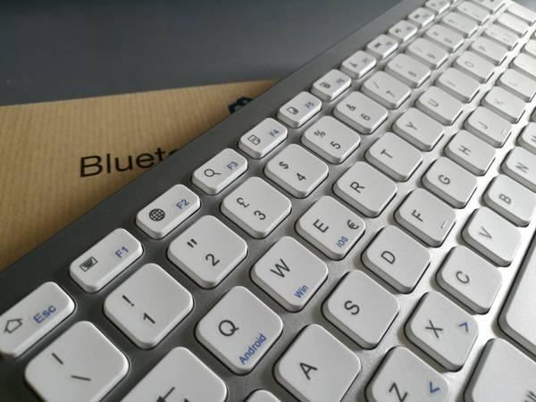 Recensione Mini Tastiera iClever IC-BK01 Bluetooth